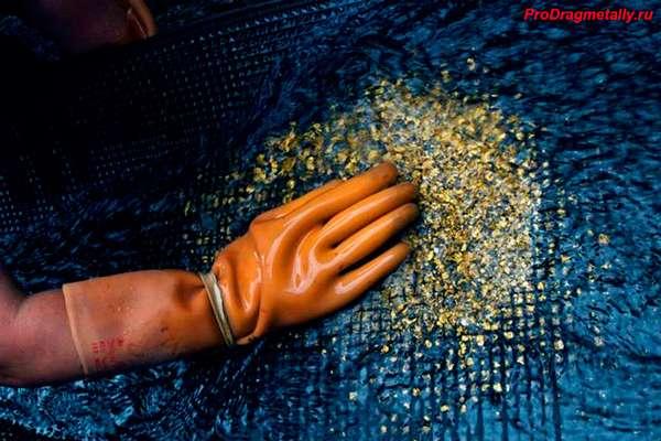 Ручное вымывание золота