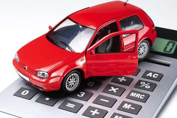 Игрушечный автомобиль на калькуляторе