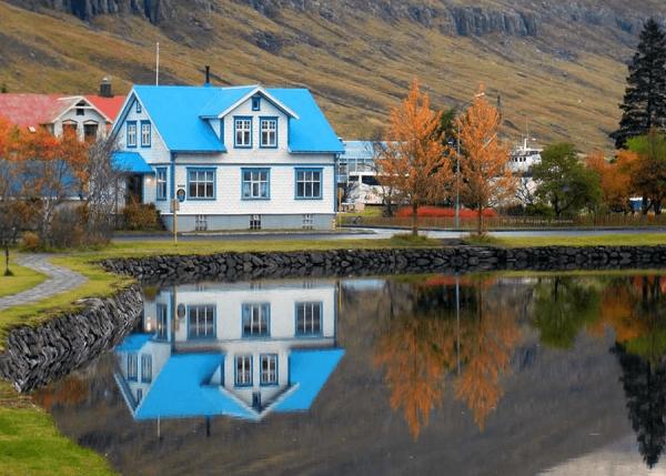Домик в Исландии