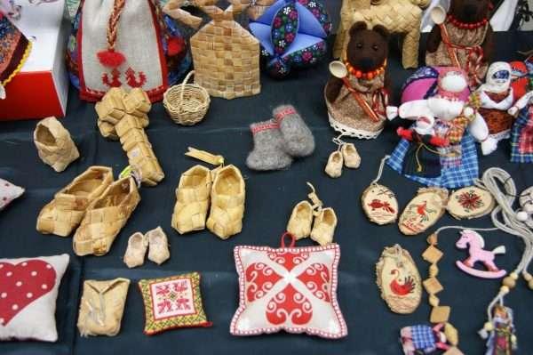 Изделия русской этнической тематики