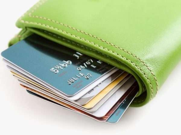 кредитные карты в кошельке