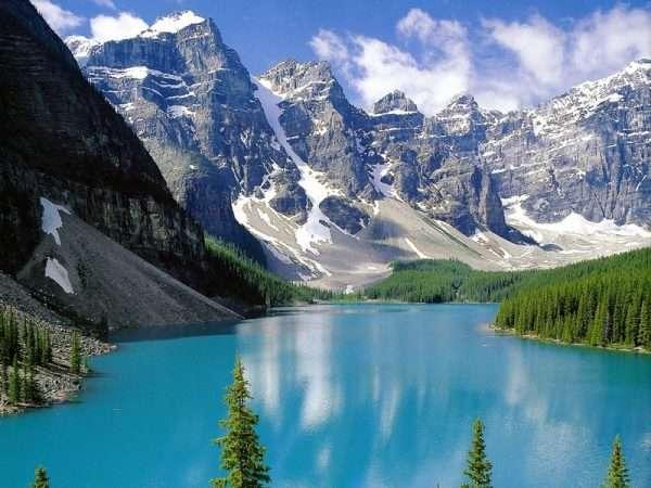 Горы на севере Канады