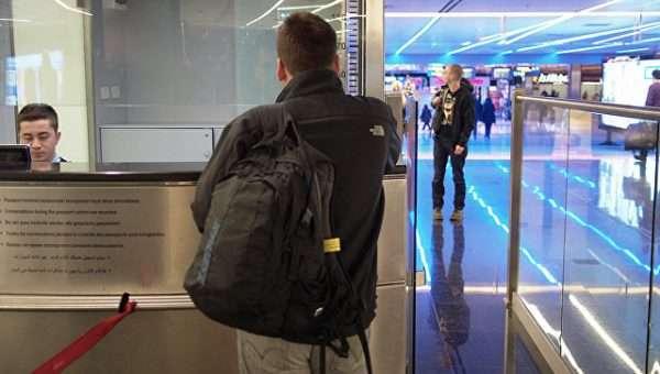 Прохождение паспортного контроля
