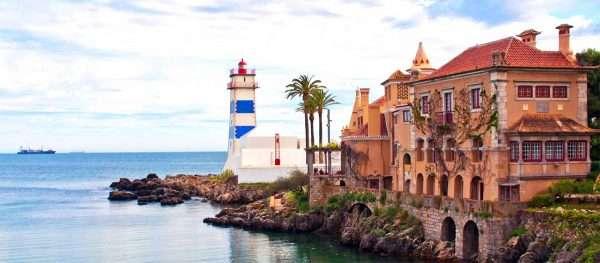 Дом в Португалии на берегу Атлантики